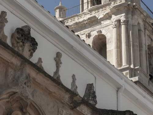El Ayuntamiento de Martos ultima la segunda fase de intervención en la Torre Campanario de Santa Marta