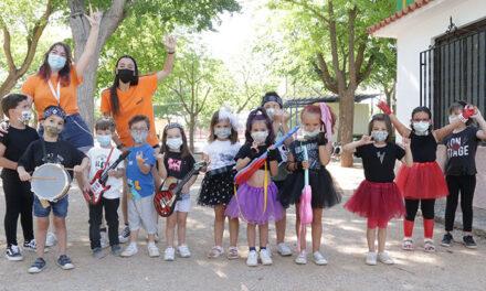 Niños y niñas de 4 a 14 años disfrutan de un sinfín de actividades en Campamento urbano y Pequeverano