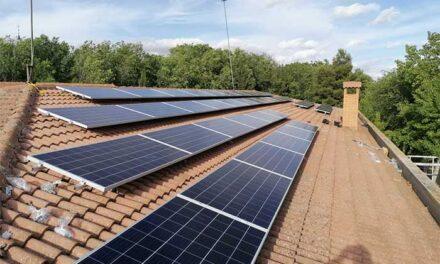 El Ayuntamiento de Torralba instala placas fotovoltaicas en el Colegio Público y en el Centro de Salud